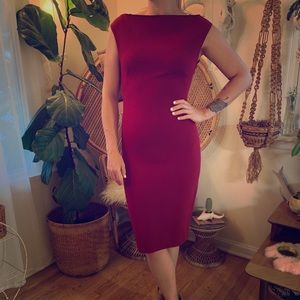 Form-fitting red cocktail dress from Zara